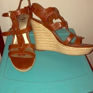 Sexy summer wedges